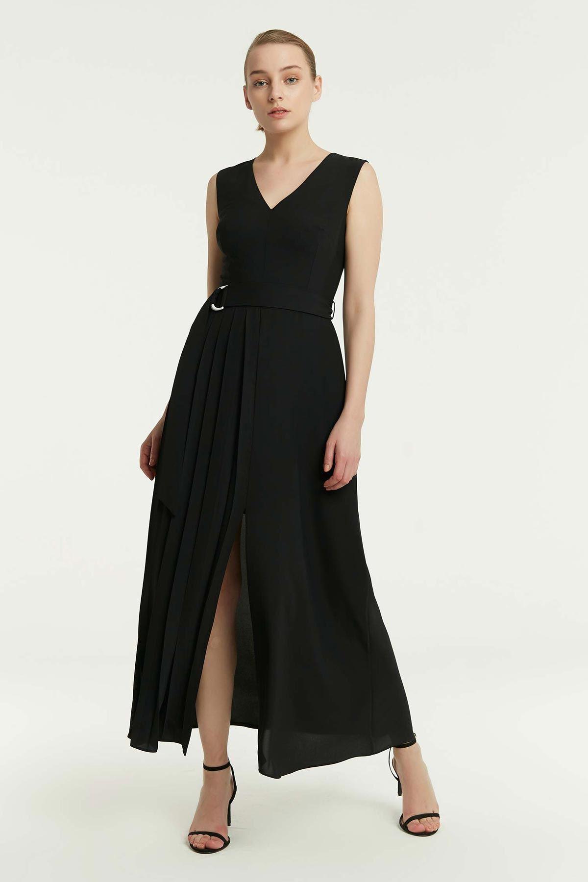 Yan Piliseli Kolsuz Elbise Siyah