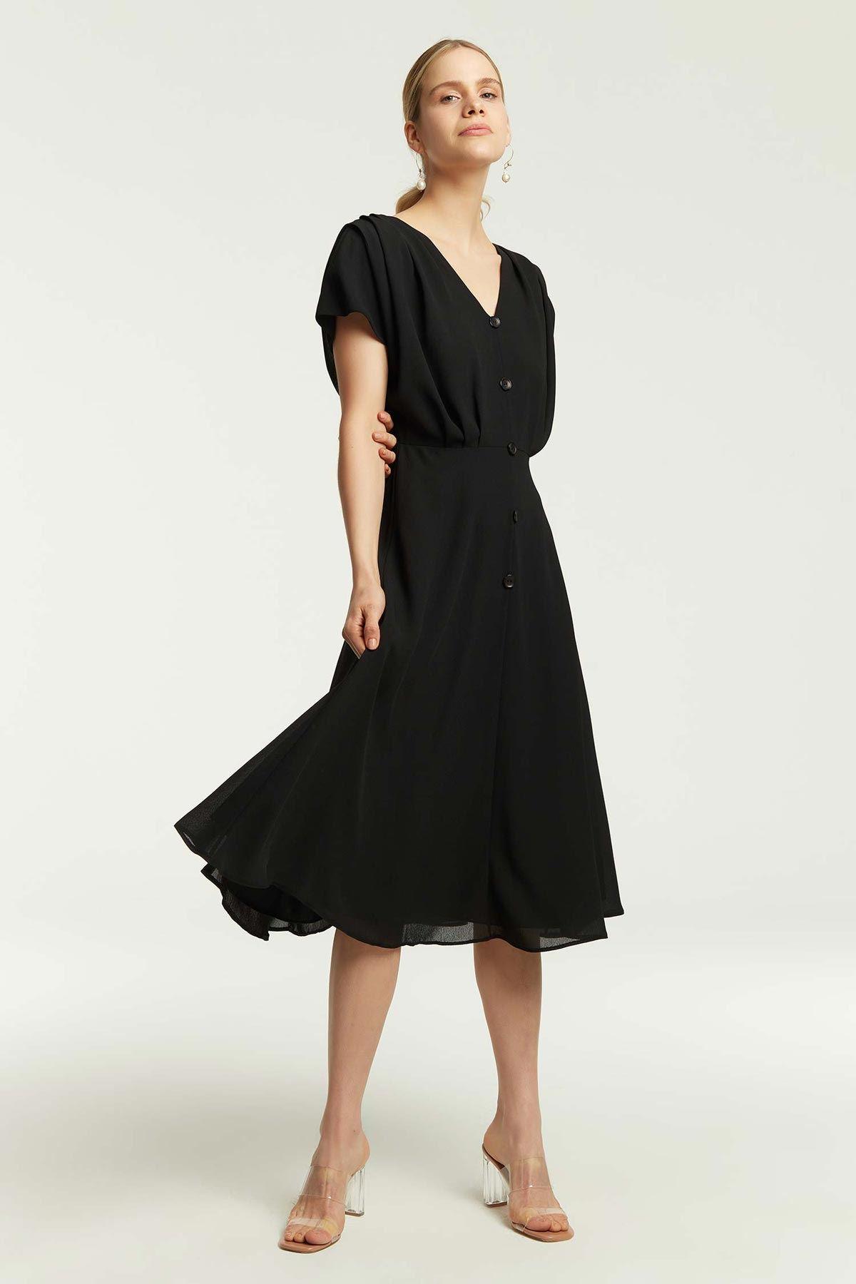 Kol Drapeli Kloş Elbise Siyah