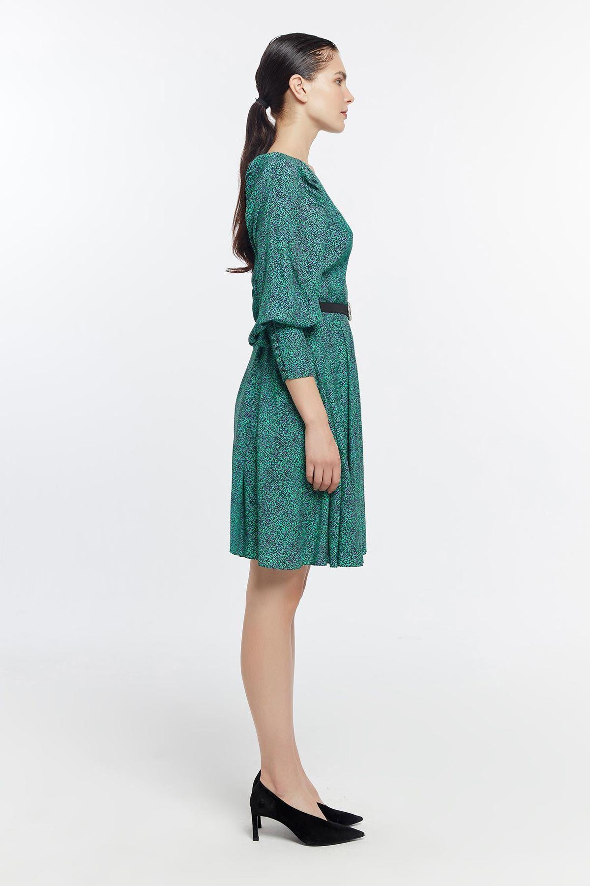 Balon kol leopar desenli elbise Yeşil