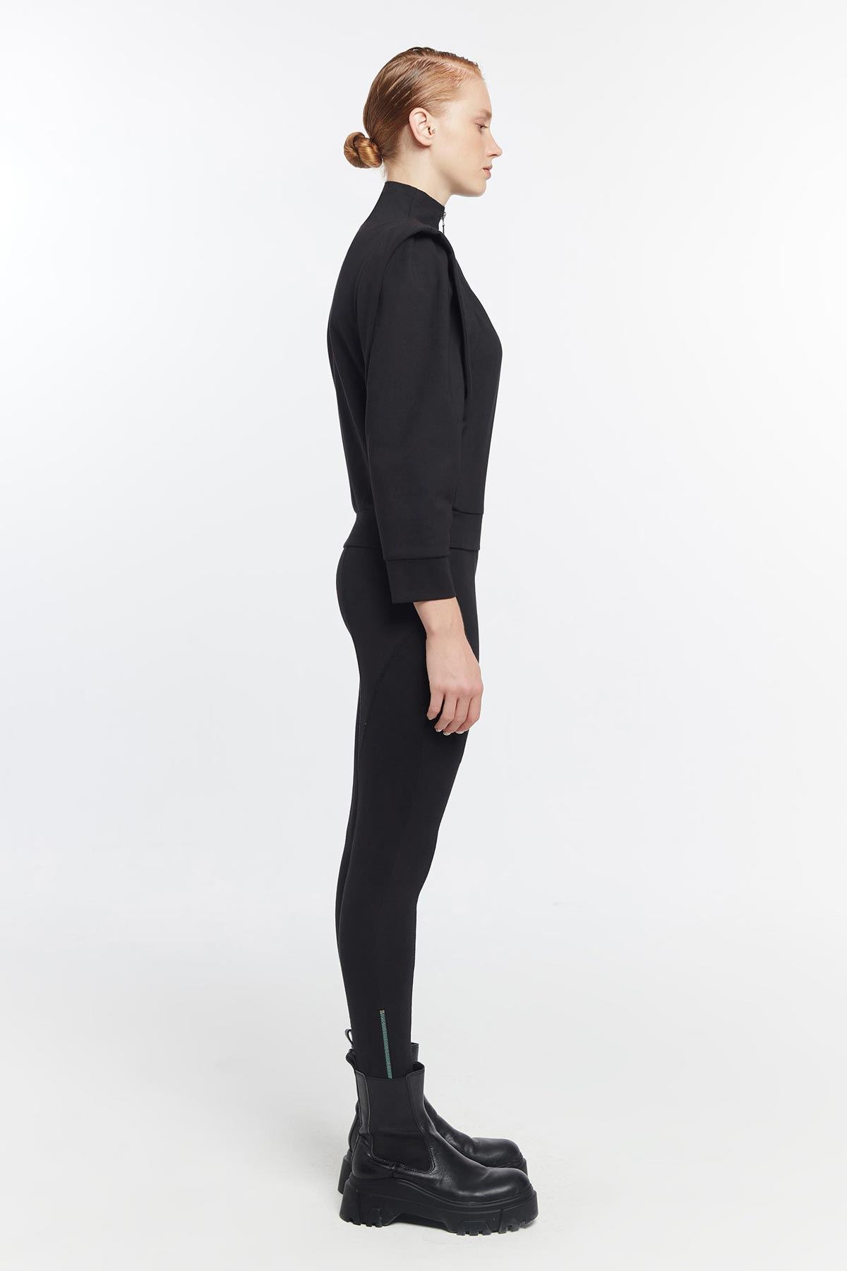 Vatka omuzlu sweatshirt Siyah
