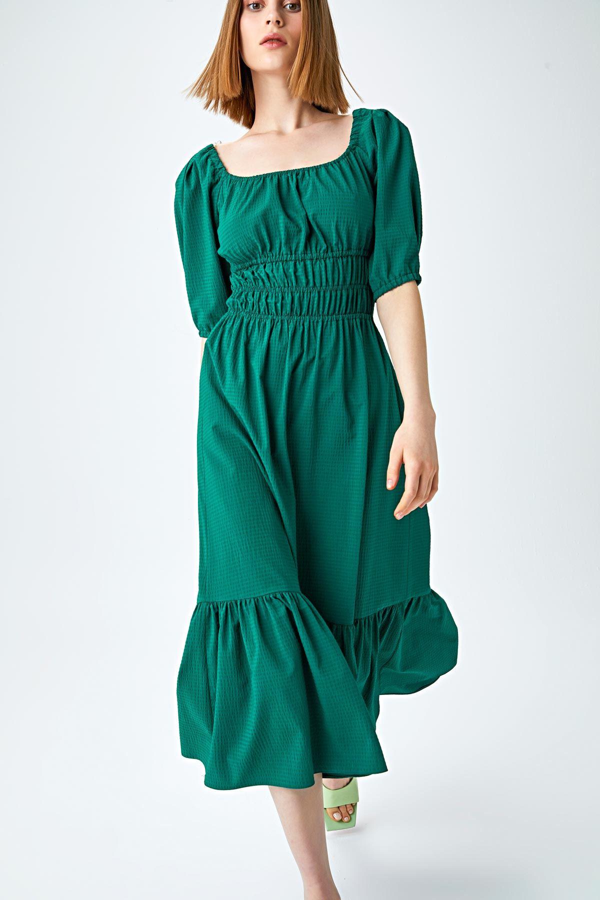 Bel vurgulu kare yaka elbise Nefti Yeşili