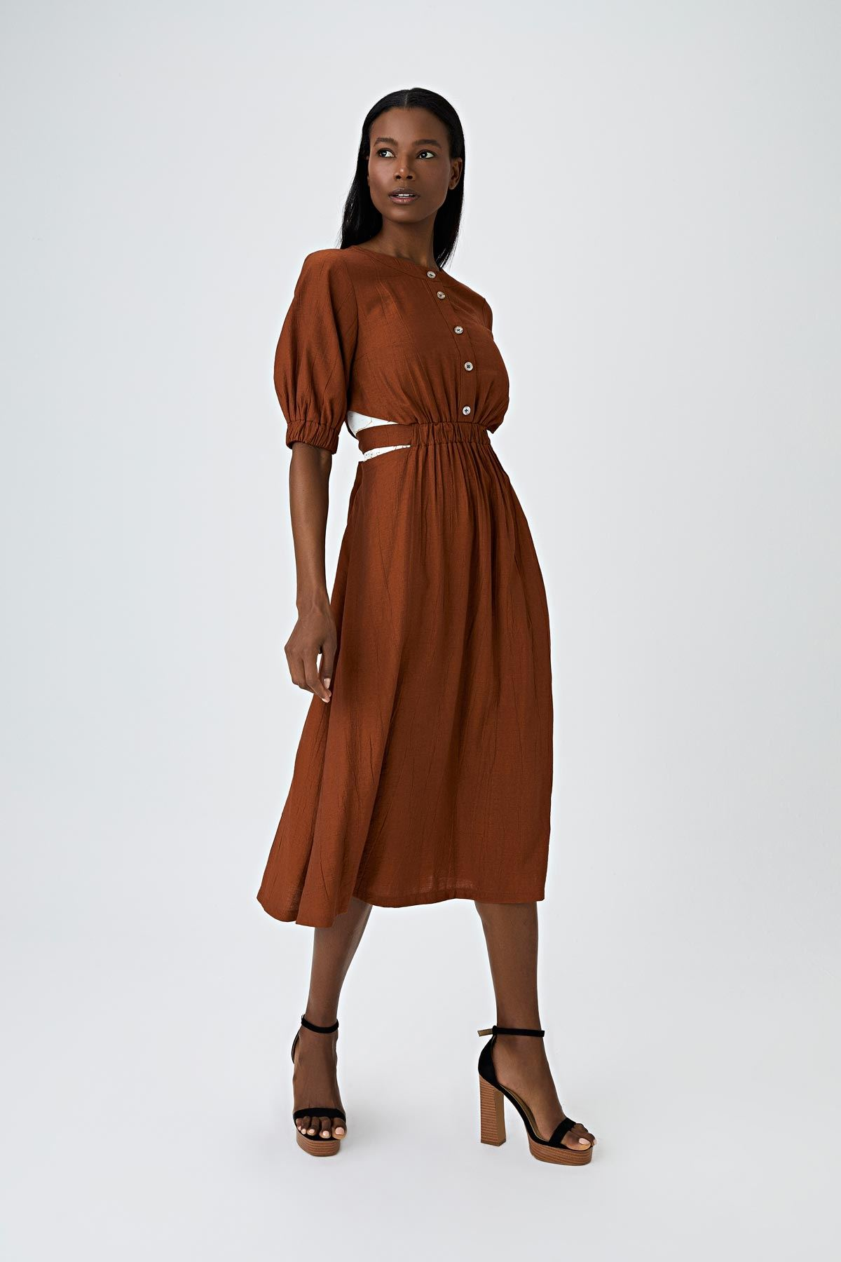 Pencere detaylı elbise Taba