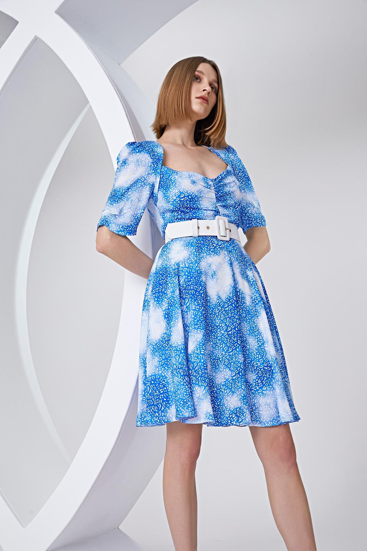 Sırt dekolteli elbise Mavi