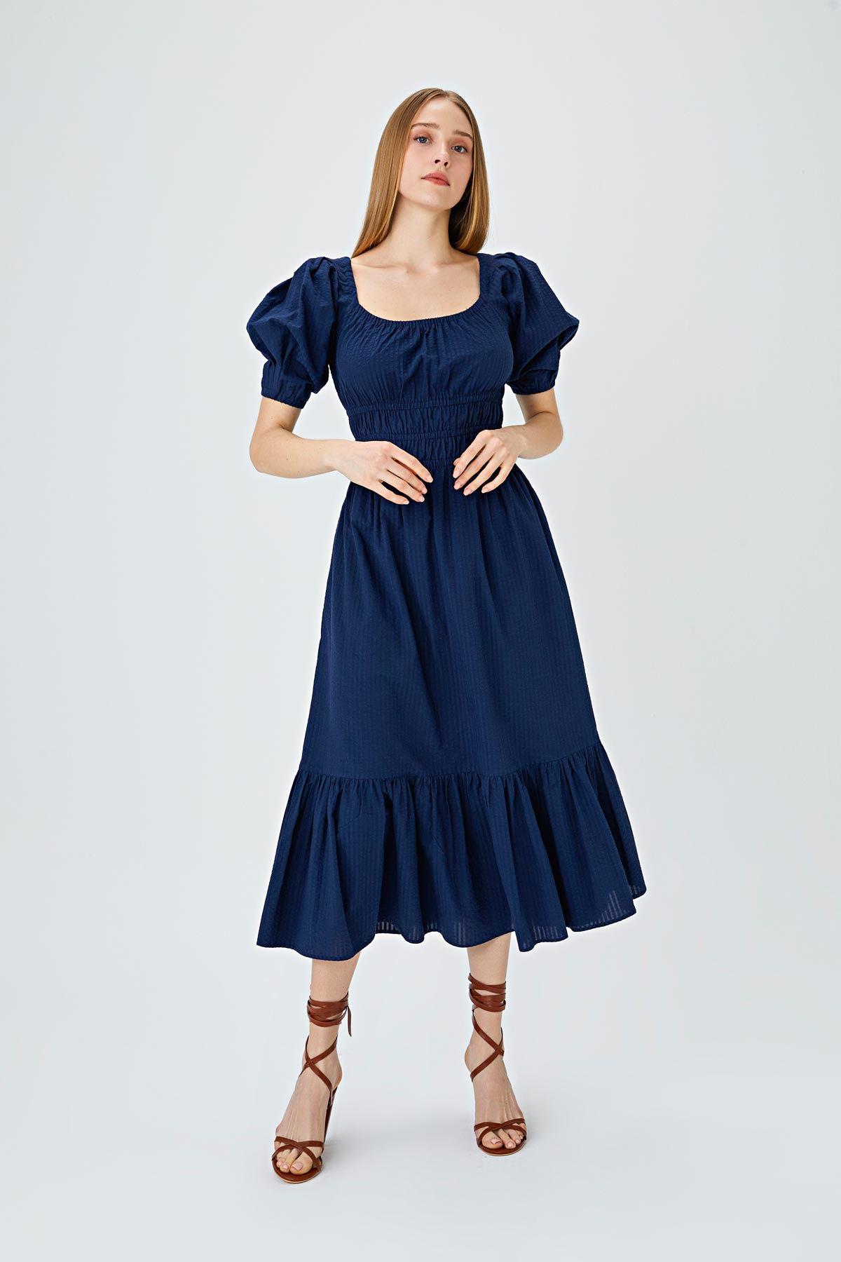 Bel vurgulu kare yaka elbise Lacivert