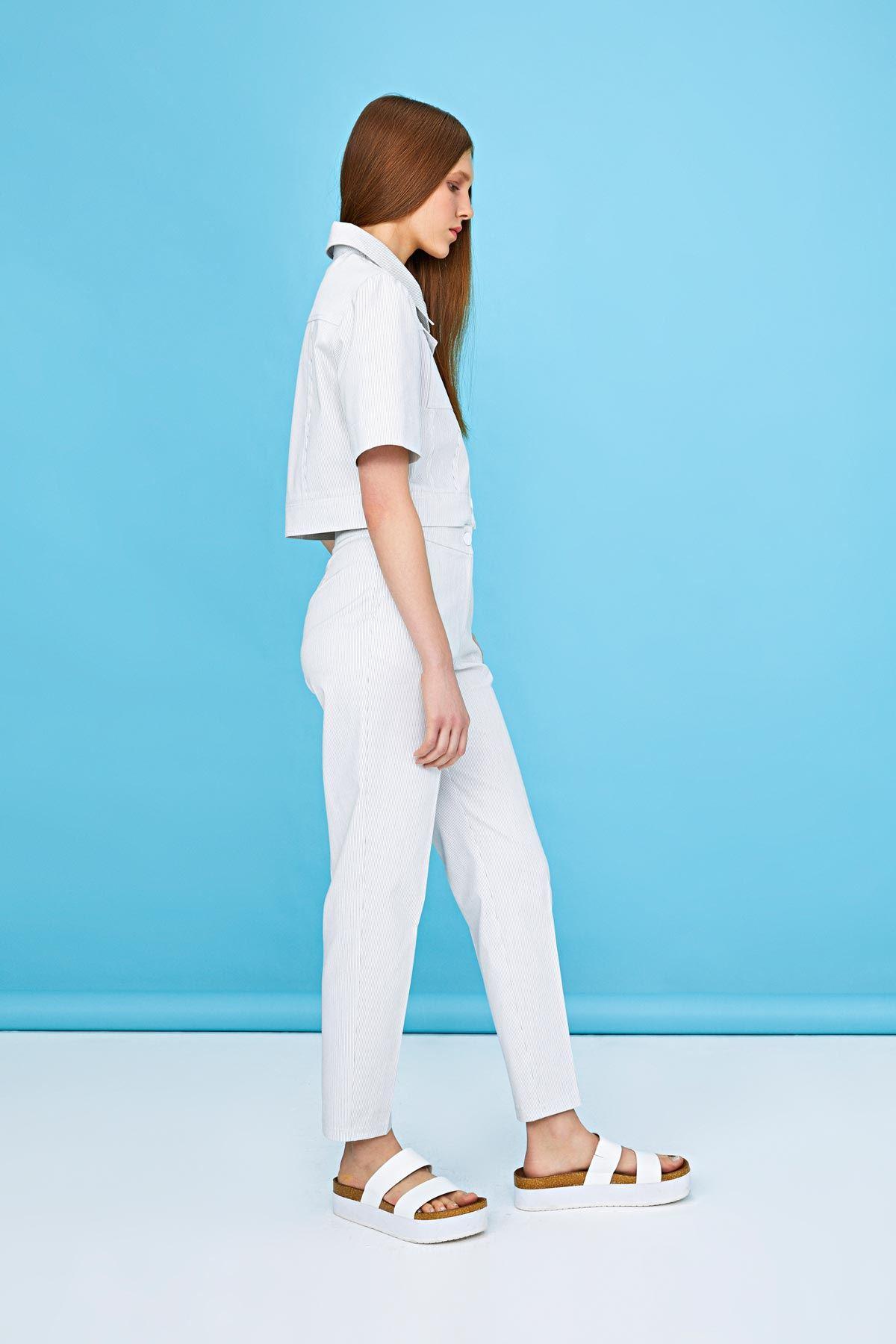 İnce çizgili fit pantolon Beyaz