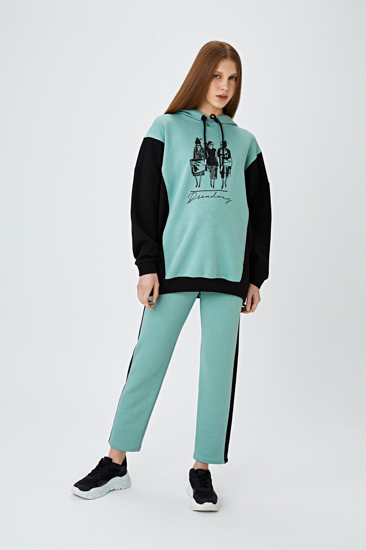 Yan şeritli jogging pantolon Mint