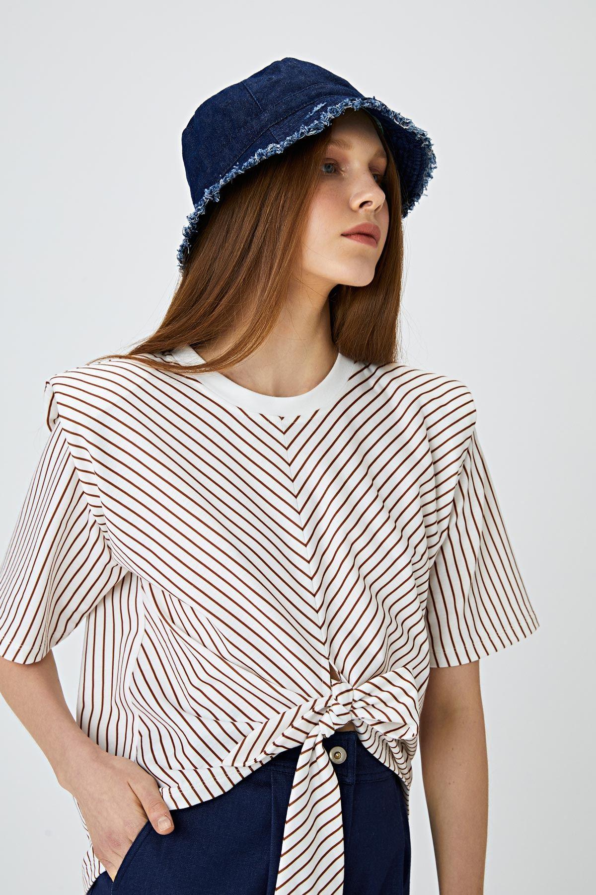 Püsküllü kot şapka Mavi